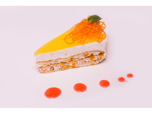 Абрикосовый торт с апельсиновой глазурью