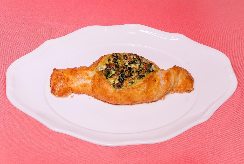 Хачапури с сыром рецепт из слоеного теста 36