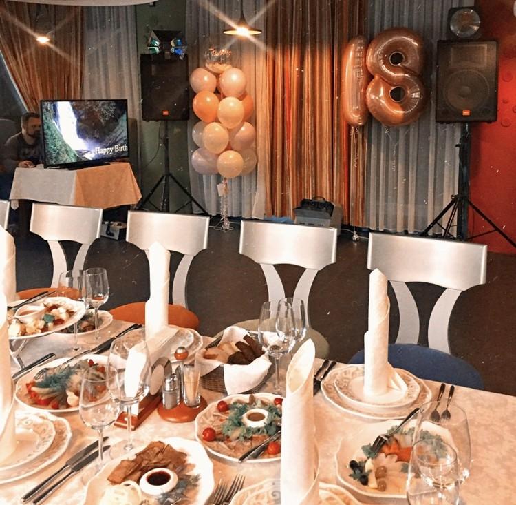 Відсвяткуйте значну подію у нашому ресторані!
